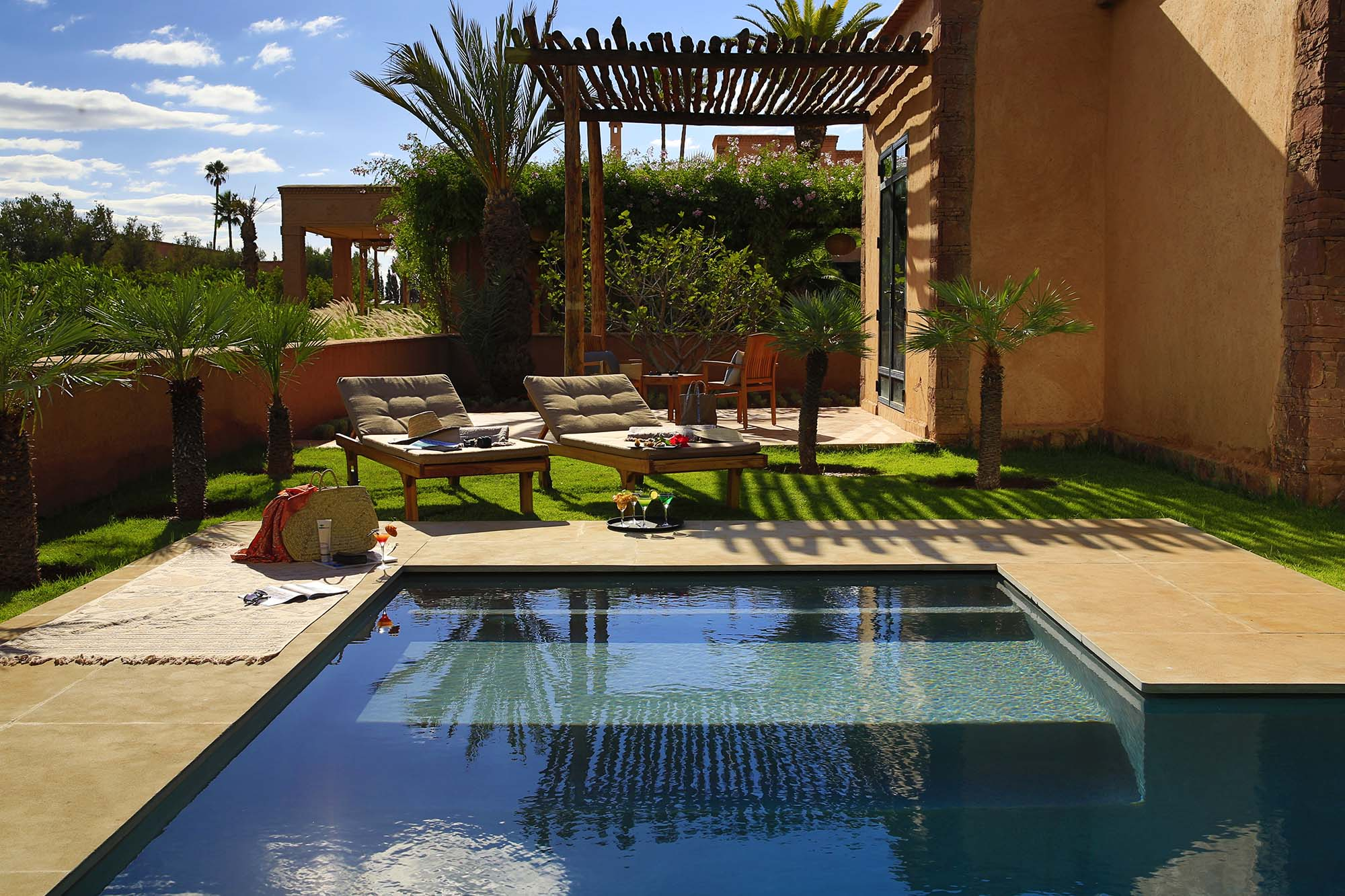 https://www.thesourcemarrakech.com/wp-content/uploads/2017/08/Pool.jpg